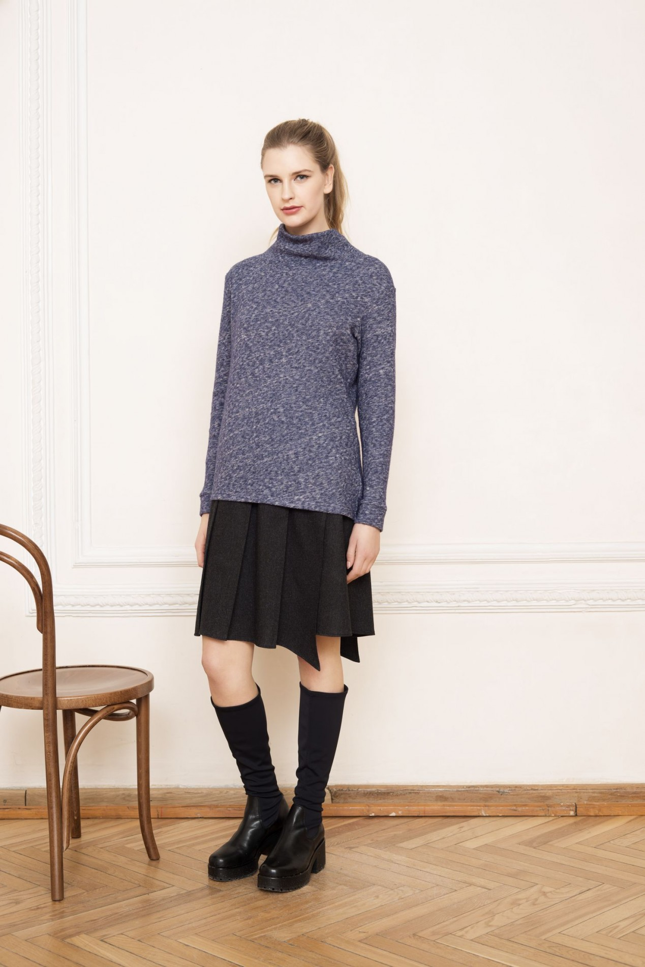 ELBRUS Asymmetric Sweater A and ALPS Pleat Skirt