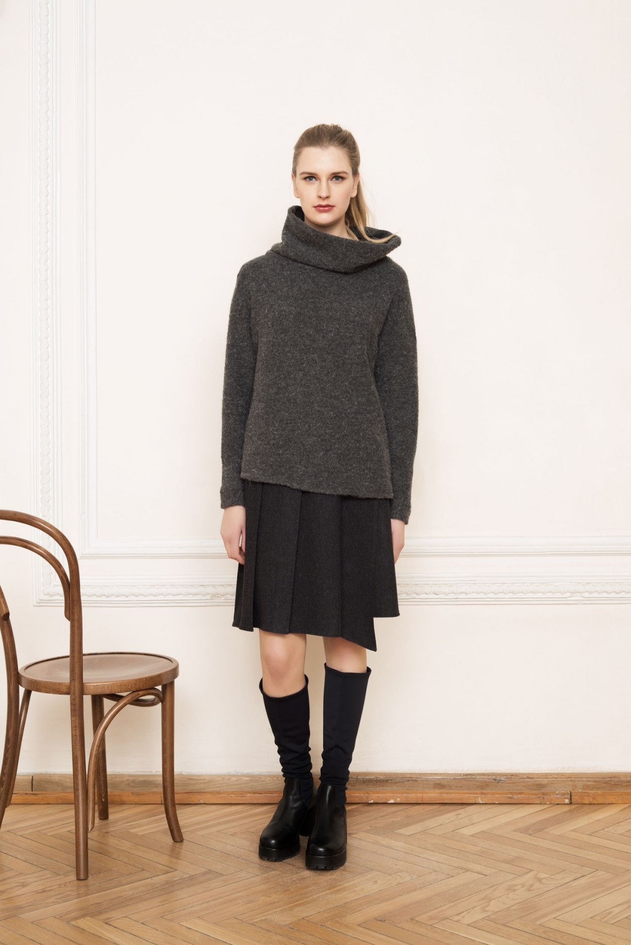 ELBRUS Asymmetric Sweater and ALPS Pleat skirt