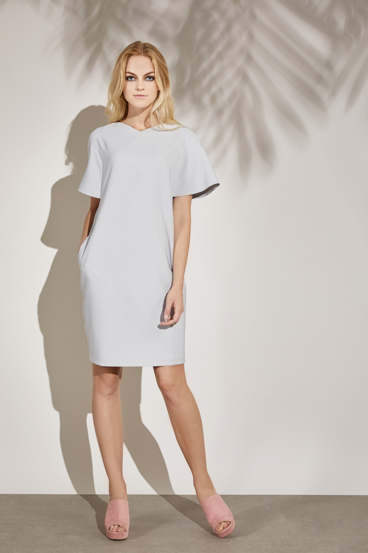 15ST40 EOS Cocoon Dress