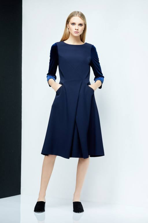 16ST109 AUDREY Flare Dress