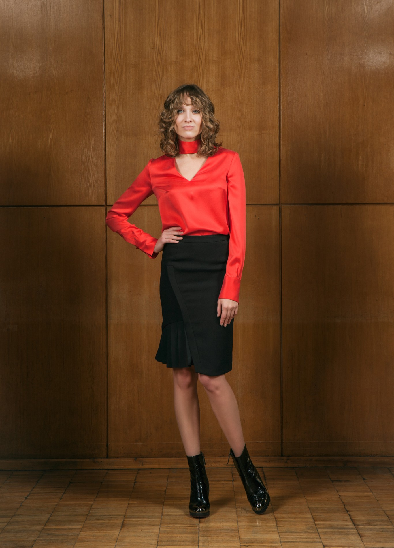 DIAMOND Pussy-bow Blouse and ONYX Pleat Skirt